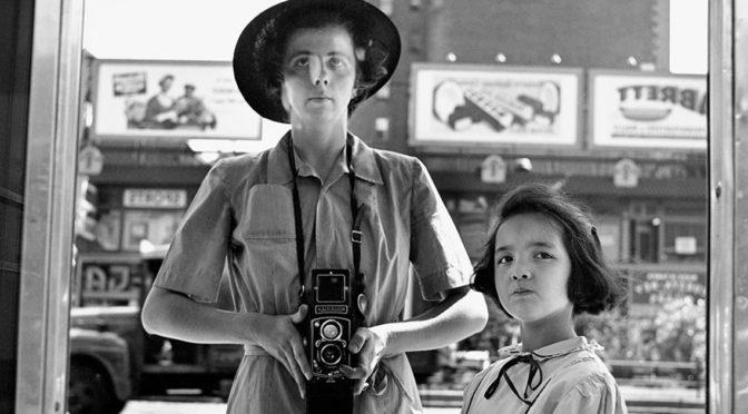 DIMANCHE 17 FEVRIER 2019 – CYCLE «CINÉMA ET PHOTOGRAPHIE» (3/3) – A LA RECHERCHE DE VIVIAN MAIER, DE C. SISKEL ET J. MALOOF  ( 2014 – 1H24)